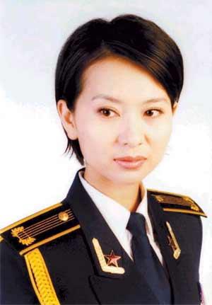 海政歌舞团国家二级演员甘萍